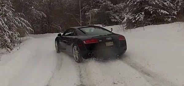 Audi R8 Snow