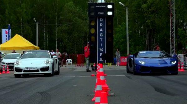 Porsche 911 Turbo vs Lamborghini Aventador