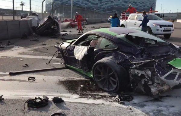 Crashed Porsche 911 GT3 RS